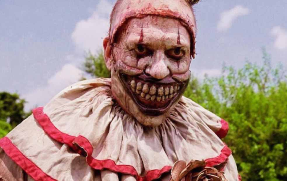 American Horror Stories : Freakshow ( Twisty ) Film Horor Badut Terbaik